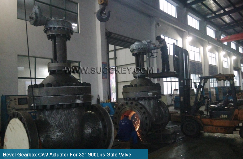 Bevel Gearbox C/W Actuator For Gate Valve